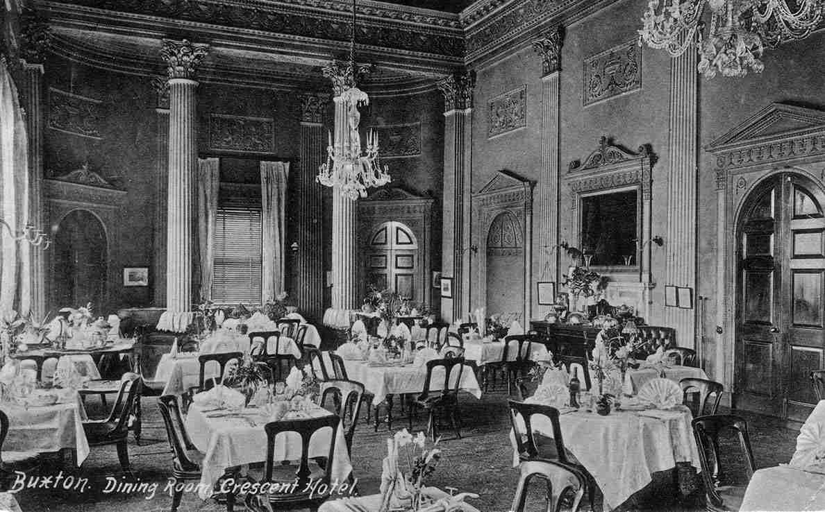 Crescent-Dining-Room